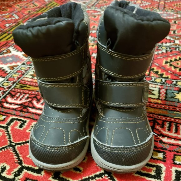 Weather Spirits Girls' Riley Winter Boots size 5